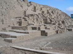 Minecraft IRL - Huaca Pucllana - Lima Peru