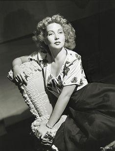 Ann Sothern, photo by Laszlo Willinger, 1943