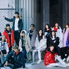Bts Twice, Bias Kpop, Blackpink And Bts, Bts Love Yourself, Bts Wallpaper, Scandal, Most Beautiful, Army, Concert