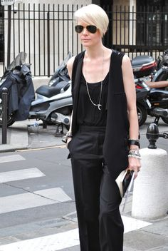 EVERYTHIN!THIS WOMAN WEARS LOOKS AWESOME!   Kate Lanphear