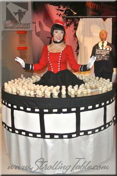 Old Hollywood strolling table by San Diego Spotlight Entertainment
