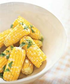 15 Classic American Recipes - Parsley Corn on the Cob