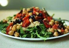 Chickpea, Artichoke Heart, and Tomato Salad With Arugula    Read more at: http://www.food.com/recipe/chickpea-artichoke-heart-and-tomato-salad-with-arugula-425396?oc=linkback