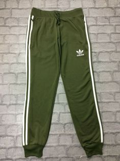 2d690e17cb 21 Best Green joggers images in 2018   Man style, Men's clothing ...