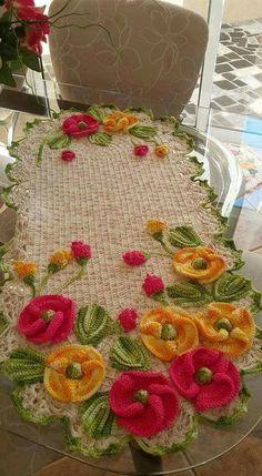 New Crochet Patterns Christmas Style Crochet Bedspread Pattern, Crochet Quilt, Crochet Flower Patterns, Doily Patterns, Crochet Home, Thread Crochet, Crochet Motif, Crochet Crafts, Crochet Doilies