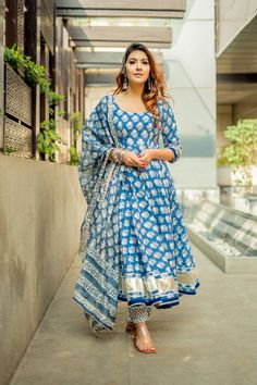 indian designer wear Shop this cotton blue anarkali suit that comes with chanderi dupatta and gotapatti detailing. The suit set comes with handblock print all over it. Dress Indian Style, Indian Dresses, Indian Outfits, Pakistani Dresses, Cotton Dress Indian, Pakistani Fashion Casual, Stylish Dresses, Fashion Dresses, Saree Fashion