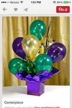 Air-filled Balloon Centerpieces: Ideas & Tutorials Looking for the perfect centerpiece? Inexpensive and easy-to-make air filled balloon centerpieces a Mardi Gras Centerpieces, Mardi Gras Decorations, Balloon Centerpieces, Balloon Decorations, Birthday Decorations, Centerpiece Ideas, Graduation Centerpiece, Balloon Topiary, Topiary Centerpieces