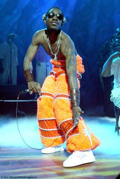 Andre 3000 is an American rapper, singer-songwriter, multi-instrumentalist , record producer and actor. Fashion Idol, Hip Hop Fashion, 90s Fashion, Arte Do Hip Hop, Hip Hop Art, Estilo Gangster, Ropa Hip Hop, Estilo Hip Hop, Andre 3000