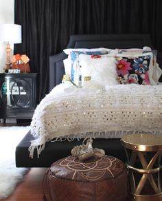 LOVING MY JET LAG...: A Moroccan wedding blanket