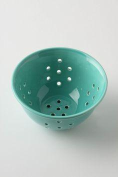cute little colander Green To Blue, Jade Green, Teal, Turquoise, Aqua, Yarn Bowl, Kitchen Supplies, Pottery Studio, Kitchen Art