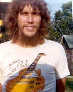 Steve Gaines co-lead guitarist #LYNYRDSKYNYRD
