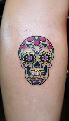 Are you thinking about getting a Sugar Skull tattoo? Check our collection of unique sugar skull tattoos for your next ink. Girly Skull Tattoos, Mexican Skull Tattoos, Skull Tattoo Flowers, Sugar Skull Tattoos, Dragonfly Tattoo, Skull Candy Tattoo, Small Skull Tattoo, Mini Tattoos, Small Tattoos