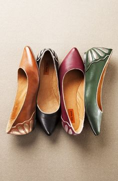 fancy flats. I'll take a pair in each color, please! #fallfashion
