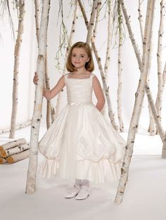 Casual ball gown taffeta sleeveless flower girl dress