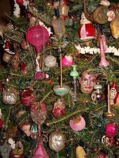 German Christmas Ornaments, Christmas Bulbs, Holiday Decor, Christmas Decorations, Christmas Light Bulbs