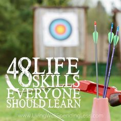Do you have the basic life skills to be an adult? Don't miss this massive list of the 48 life skills EVERYONE should learn. Life Skills Class, Teaching Life Skills, Skills To Learn, Life Lessons, Teaching Tools, Teaching Ideas, Survival Prepping, Emergency Preparedness, Survival Skills