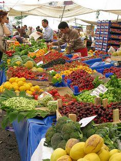 Market in Istanbul, Turkey