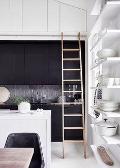 Un appartement familial sous les combles à Stockholm | PLANETE DECO a homes world | Bloglovin'