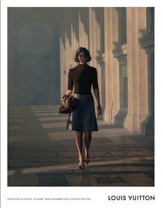 "LOUIS VUITTON ""THE ART OF TRAVEL"" AD CAMPAIGN http://www.louisvuitton.eu/front/#/eng_E1/Collections/Women/Handbags/stories/linvitation-au-voyage-venice"