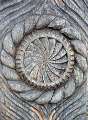 maramures wooden door - detail (grad dana) Tags: door wood sculpture wooden romania barsana maramures sculptura lemn poarta Romania Travel, Sacred Geometry Art, Chip Carving, Wood Carving Patterns, Ancient Jewelry, World Best Photos, Arya, Traditional House, Tattoo Inspiration