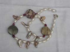 Perlenkette - Jaspis,glänzende weisse Barockperlen - 85€