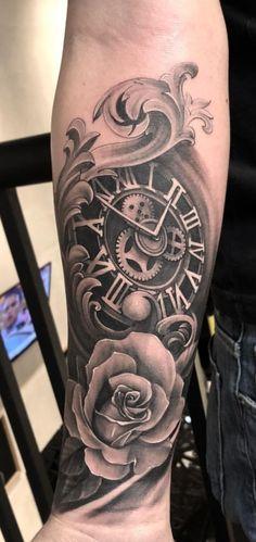 Tatuagens no braço são sempre uma boa escolha, pois o braço é sem dúvidas um dos melhores lugares para se Unique Half Sleeve Tattoos, Full Sleeve Tattoo Design, Arm Sleeve Tattoos, Forearm Tattoo Men, Arm Tattoos For Guys, Leg Tattoos, Body Art Tattoos, Tattos, Hals Tattoo Mann