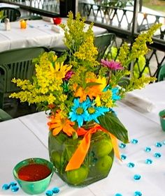 table decoration for Mexican party