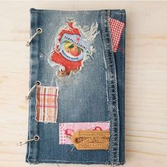 Old Jean Diary. This vintage look journal is upcycled from my daughter's old jean. Diy Old Jeans, Mom Birthday Crafts, Diary Covers, Photo Tutorial, Diy Tutorial, Diy Scrapbook, Book Making, Fabric Crafts, Paper Crafts