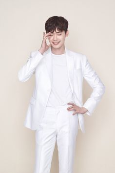 oc koala uploaded this image to 'Lee Jong Seok'. See the album on Photobucket. Korean Star, Korean Men, Korean Actors, Kang Chul, Hyun Suk, Lee Jong Suk Cute, Han Hyo Joo Lee Jong Suk, Lee Jong Suk Wallpaper, W Two Worlds