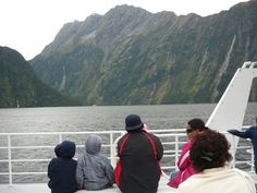 Milford Sound Milford Sound, Memories, Mountains, Nature, Travel, Memoirs, Souvenirs, Naturaleza, Viajes