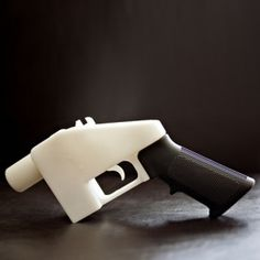 V&A museum acquires  first 3D-printed gun