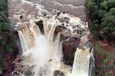 Monday Falls, Paraguay