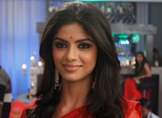 Sayantani Ghosh as Nivedita Basu in Itna Karo Na Mujhe Pyaar.