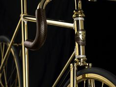 Aurumania gold bike crystal edition | Front close up