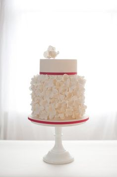 Wedding Cake, Styles, Desserts, Bakers, Grooms Cakes, Cake Designs, Ideas || Colin Cowie Weddings