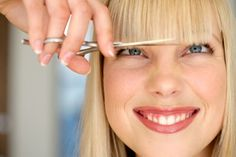 However, there are ways to get rid of wrinkles. The best way to get rid of wrinkles is to live a healthy lifestyle. College Years, College Girls, College Life, Dorm Life, Pixie Styles, Hair Styles, Blunt Bangs, Short Bangs, Women Short Hair