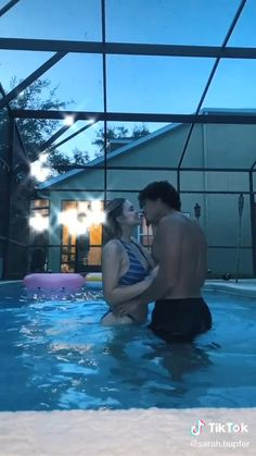 Cute Relationship Pictures, Couple Goals Relationships, Couple Relationship, Cute Relationship Goals, Relationship Videos, Cute Love Couple, Cute Couple Videos, Cute Couple Pictures, Cute Couples Kissing