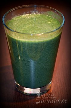 #raw #vegan green #smoothie Raw Vegan, Juices, Shot Glass, Smoothies, Tableware, Green, Dinnerware, Dishes, Juice Fast