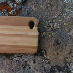 Eco-friendly iPhone4 case - two-tone bamboo