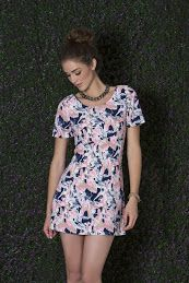 Fotografía moedlo  dimar faa villalpando coleccion 2016 primavera verano vestido outfit moda #dimarfaavillalpando #outfit #moda #jalisco #mexico #verano #blusa #fantasia #durazno #modelo #makeup #pared #verde #dress #vestido