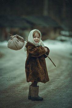 Kids Girls, Little Girls, Make A Gift, Simply Beautiful, Cosplay, Portrait, Children, Artist, Cute