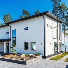 Tyylikäs ja ajaton Lammi-Kivitalo  #lammikivitalo #kivitalo #arkkitehtuuri #koti #valoisa #talo #house #valkoinen #lammikivitalot Koti, Hem, Finland, Future House, My Dream, House Plans, Around The Worlds, Houses, Dreams