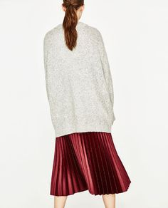 Image 6 of OVERSIZED SWEATER from Zara