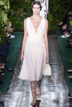 Elle's Fashion Boudoir : Valentino Fall 2014 Couture Show | Paris