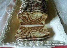 jednostavan i jako fin kolač od bjelanjaka, za koje se često pitamo šta s njima, evo rješenja :)))))