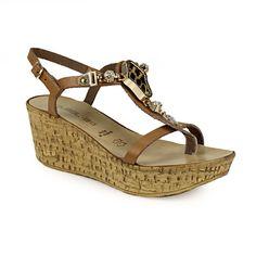 Πλατφόρμες με λεοπάρ διακοσμητικό Wedges, Shoes, Fashion, Moda, Zapatos, Shoes Outlet, Fashion Styles, Shoe, Footwear