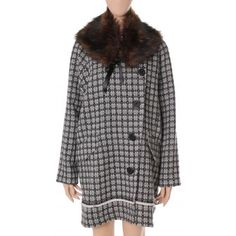 A fantastic coat from Odd Molly. This season, stay warm in style!