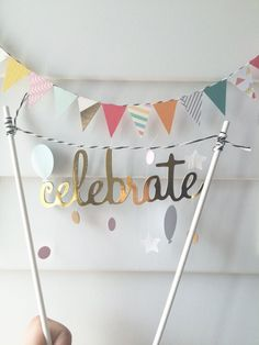 Oro pastel topper garland celebran cumpleaños por TickleMEmind