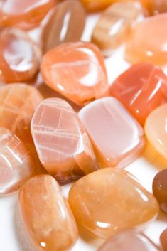 Moonstone the Ayurvedic birthstone of our September babies supporting the heart as it stimulates the mind whilst. Orange Aesthetic, Aesthetic Colors, Beige Aesthetic, Peach Wallpaper, Peach Walls, Just Peachy, Peach Moonstone, Photo Wall Collage, Light Orange