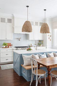Kitchen Room Design, Kitchen Interior, Home Interior Design, Beach House Kitchens, Home Kitchens, Cottage Style Kitchens, Coastal Inspired Kitchens, Open Plan Kitchen, New Kitchen